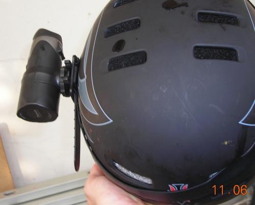 videocamera mountain bike casco