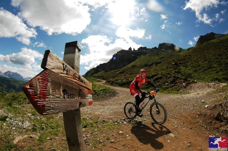 vacanze in mountain bike sulle dolomiti